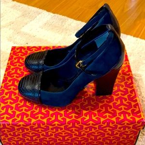 Tory Burch Gracie Suede/Leather Heel